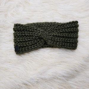 !SALE 5 FOR $25! Vince Camuto Crochet Headband